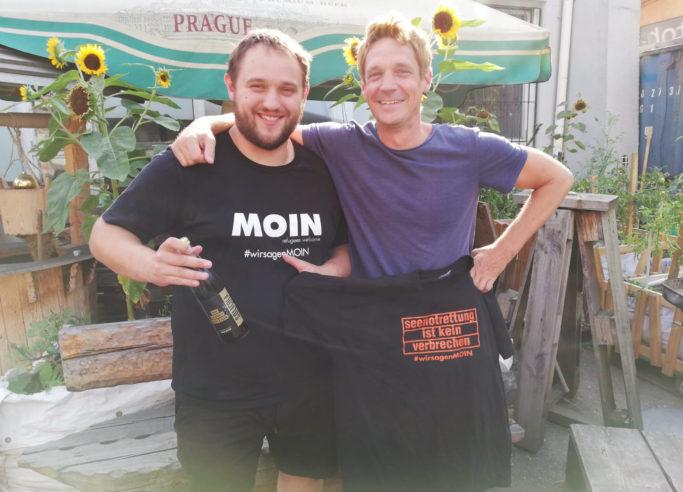 Sammy-und-Patrick-in-OMAs-Garten_2018-08-24 17.41.36